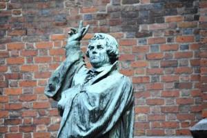 Explaining tragic Greece to Lutheran Germany