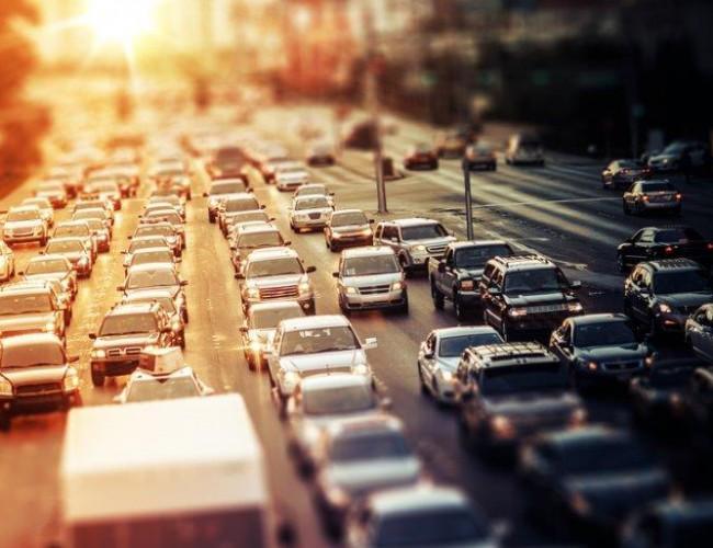Autoroute à peéage_Fotolia_80371802_S
